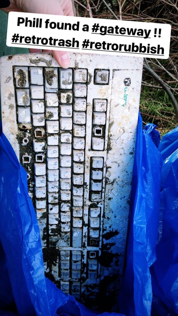 beach clean plastic pollution